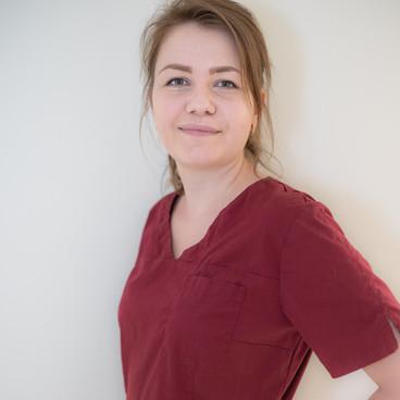 Kristina Kiesner (MFA & PGM)