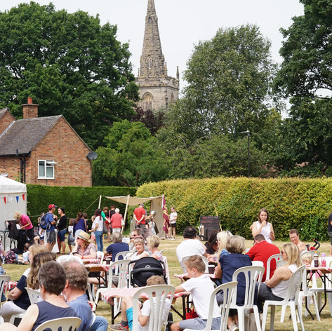 Audiences enjoy a relaxing Sunday at the Big Weekend, June 2018
