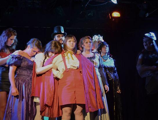 Les héros de mon enfance de Miche Trembay. Présenté les 3 e 4 novembre 2012 par la troupe de théâtre Les Audacieux.