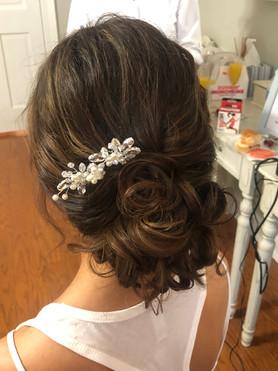 Hair: Jessica Cuthbertson