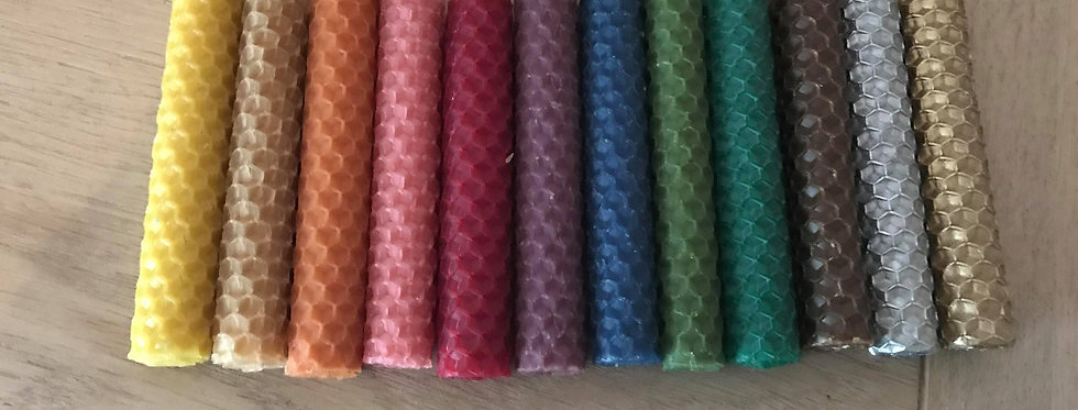 Set of 6 hand-rolled 10 cm beeswax candles