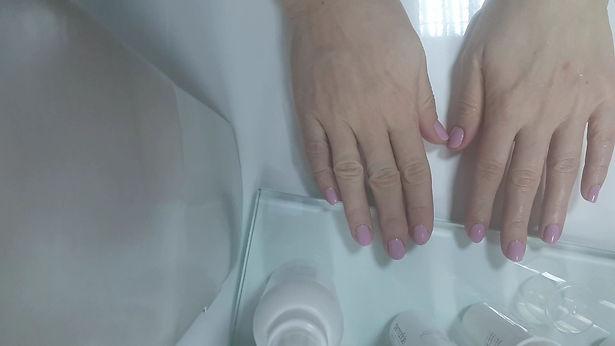 palm moisturizing.jpg