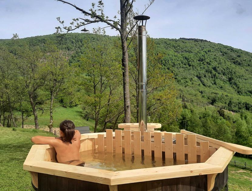 Selucente_tinozza Hot Tub.jpg