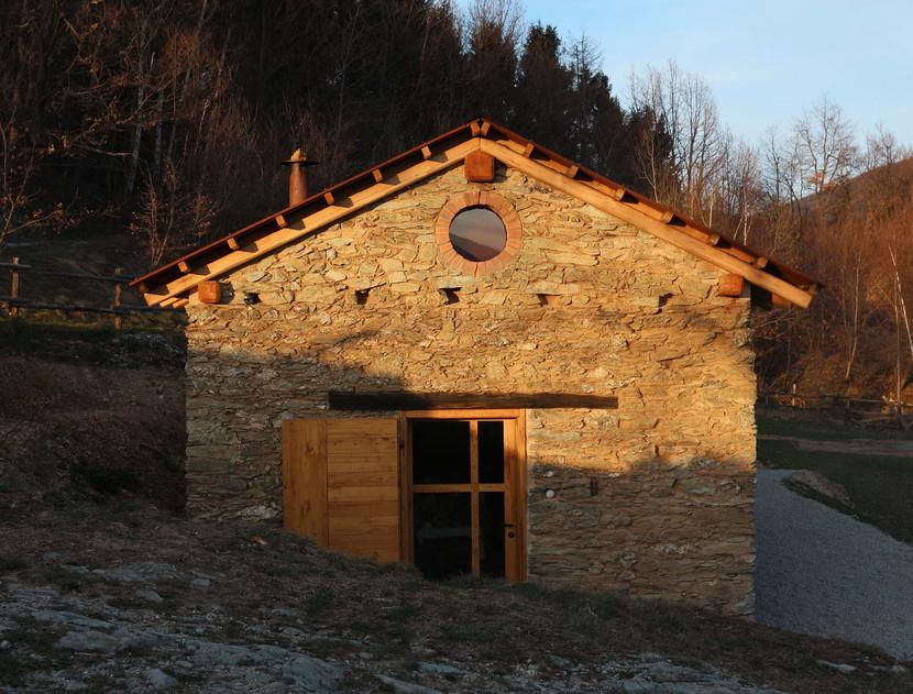 La ex chiesetta di Alpisella a Selucente