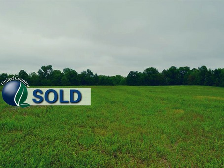 SOLD - 36+/- Acre Farm Perfectly Located for Building. Daviess County Missouri