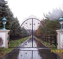 gate1-crop-u4383.jpg