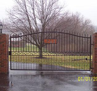gate110-crop-u4878.jpg