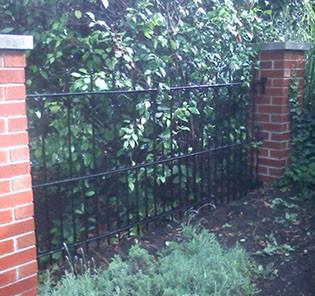 merker_fence_1116_025-crop-u21798.jpg