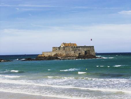 Si Un Jour...tu décides de partir à Saint Malo - Guide de découverte.