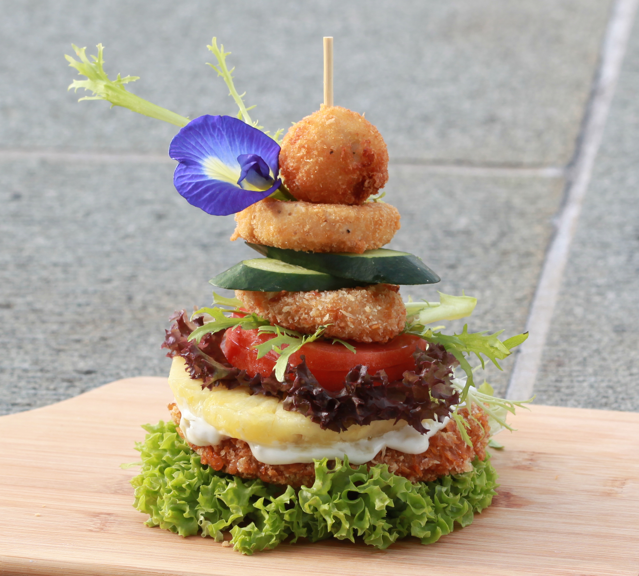 bonsai burger cut