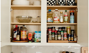 organized-spice-rack.jpg