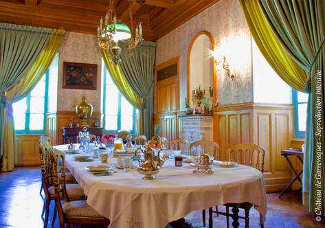 dinning room chateau de Garrevaques