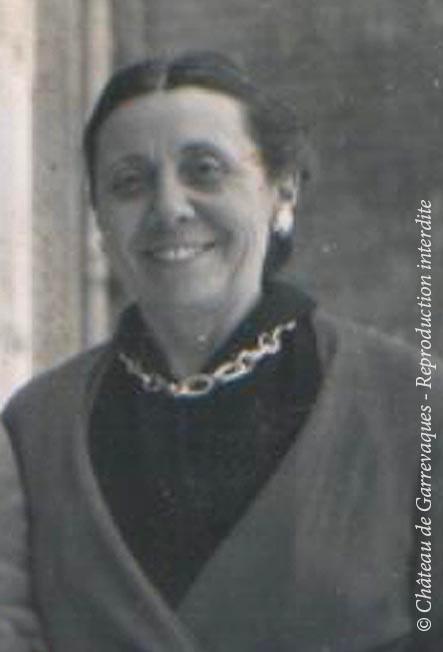 1948 - Genevieve de Gineste, Mamita