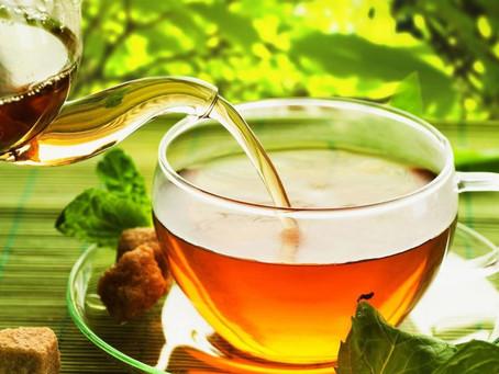 Ansiedade , estresse, prisão de ventre? O chá de Alfafa é pra você.