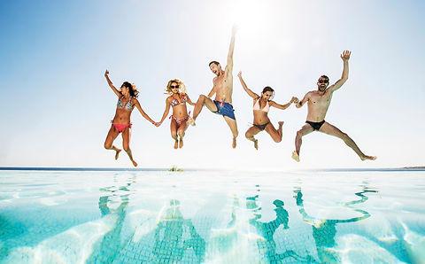 Dicas-para-adolescentes-curtir-a-piscina-sol-e-ter-muito-lazer-piscinasolelazer.jpg