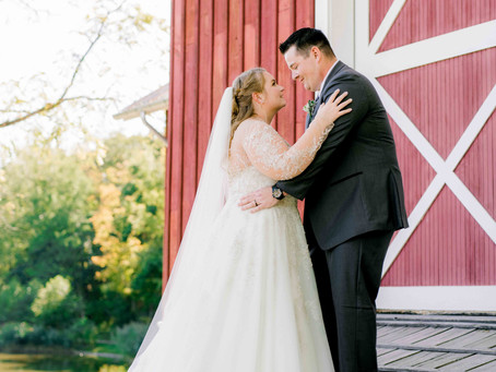 Brenan & Carolyn's Barn Wedding