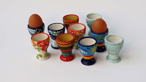 Gekleurde eierdopjes Spaans aardewerk