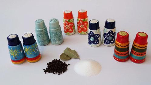 Peper en zoutvaatjes Spaans aardewerk