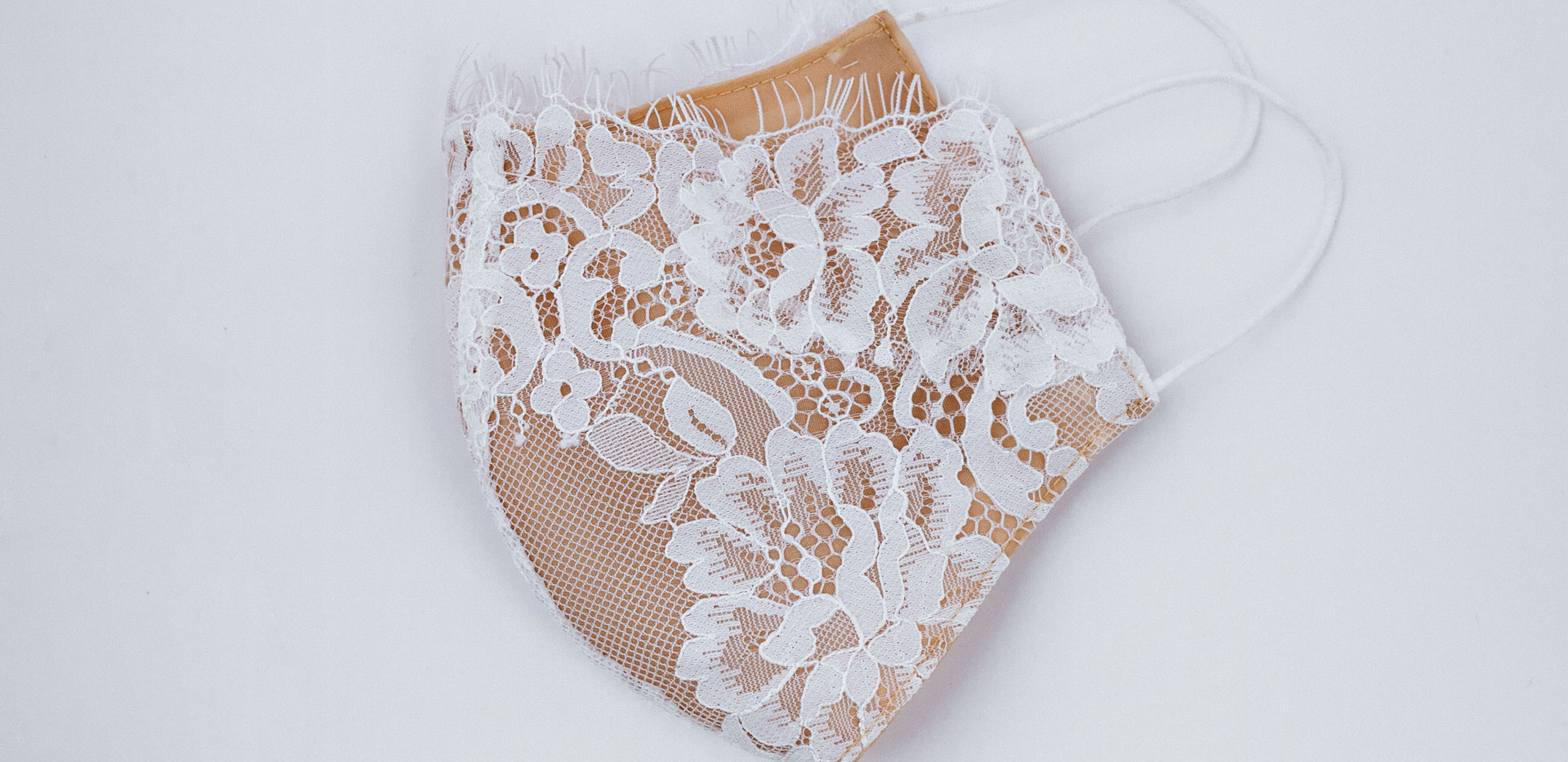 French Lace Mask