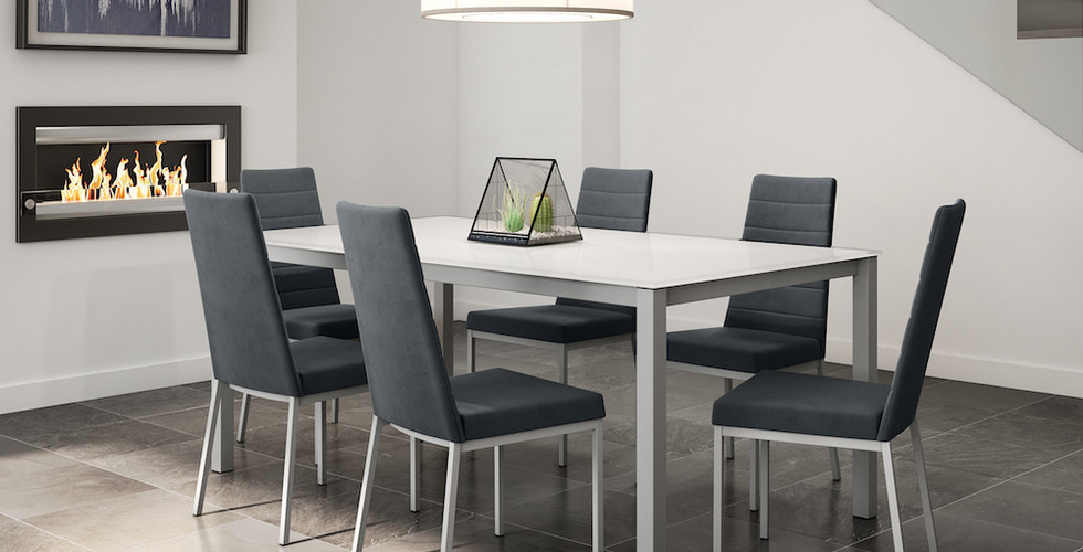 Bennington Table & Luna Chairs from Amisco