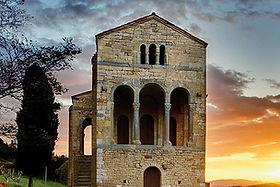 Santa María de Naranco, Prerrománio Asturiano