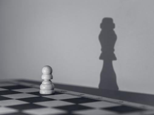 """Vezetők és életcsapdák- 4. rész: A vezető és a """"Feljogosítottság"""" életcsapda"""
