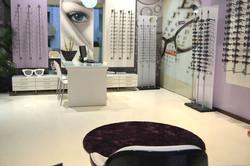 Epoxy resin in optical salon