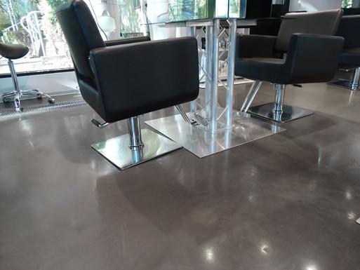 Polished concrete floor in the Beauty Salon - ULTIMA BAUFLOOR