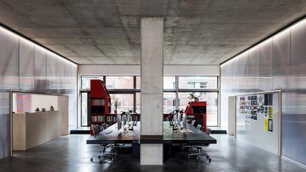 ULTIMA BAUFLOOR - Polished concrete floor in the office