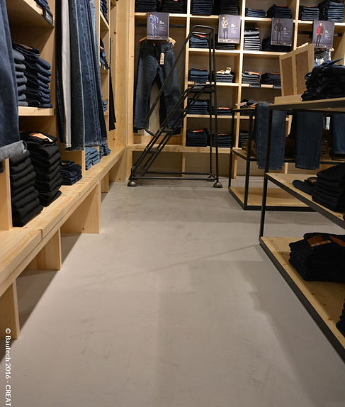 Bautech Flooring UK,Polished Concrete Floor in Levi`s shop,Installation microcement floor finish,Microcement Supplier in UK,