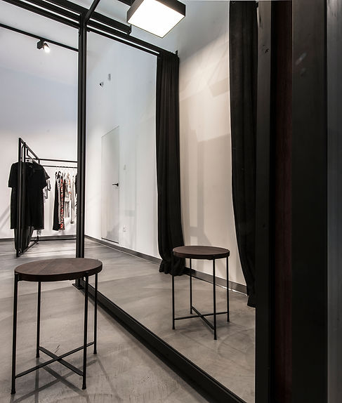 Bautech Flooring UK,Polished Concrete Floor in fashion boutique,Installation microcement floor,UK,Microcement,Supplier in UK