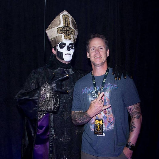 Kevin Wilson and Papa Emeritus III