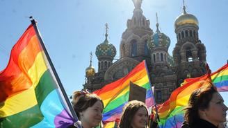 Golpe e Assalto a Turista Brasileiro Gay na Rússia