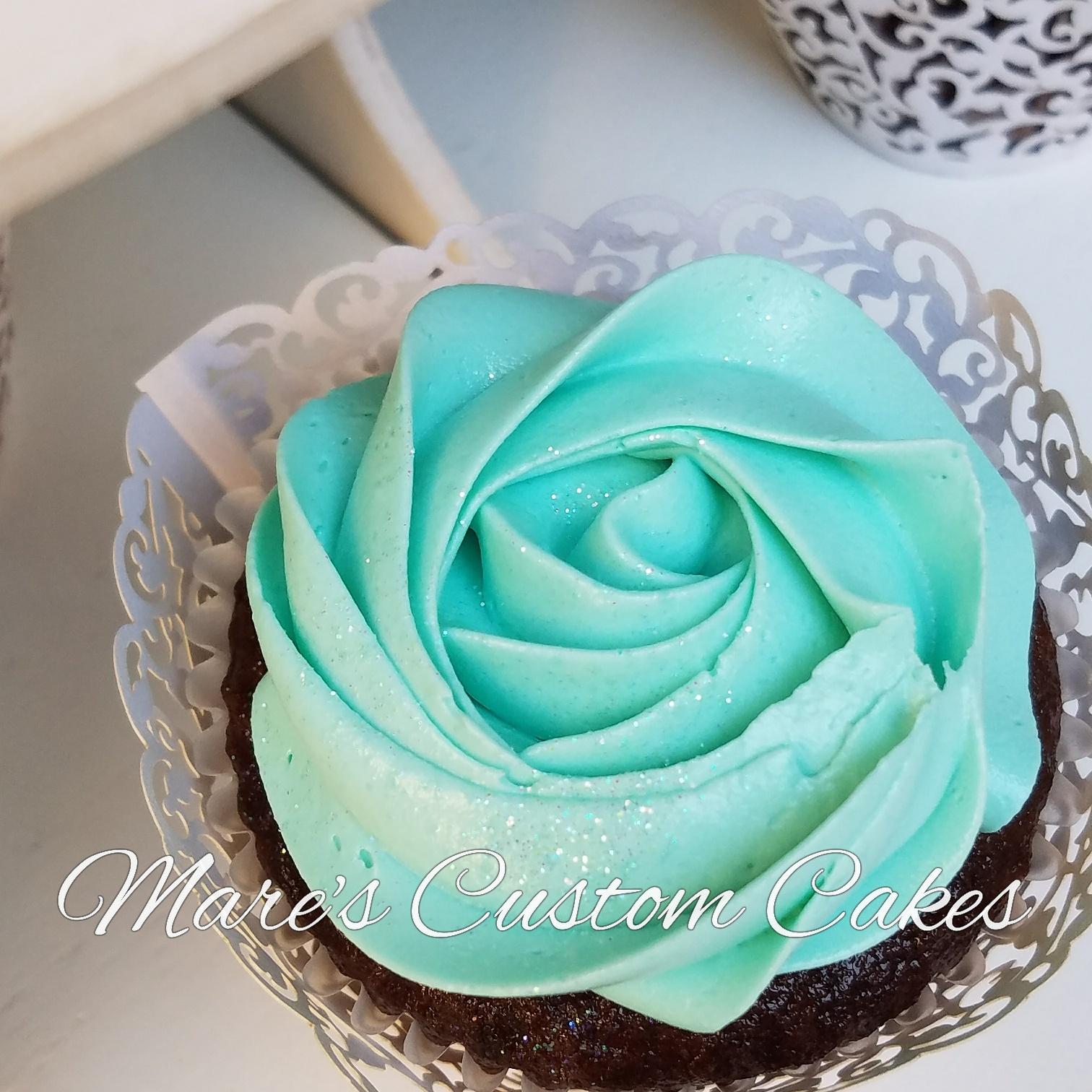Rosette Cupcake in Aqua