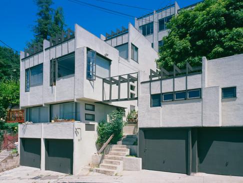 Herman Sachs Apartments (Manola Court), 1926-1940