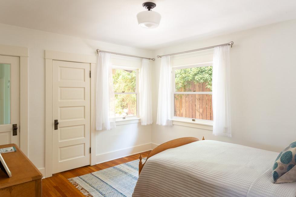 bedroom 1 full.jpg
