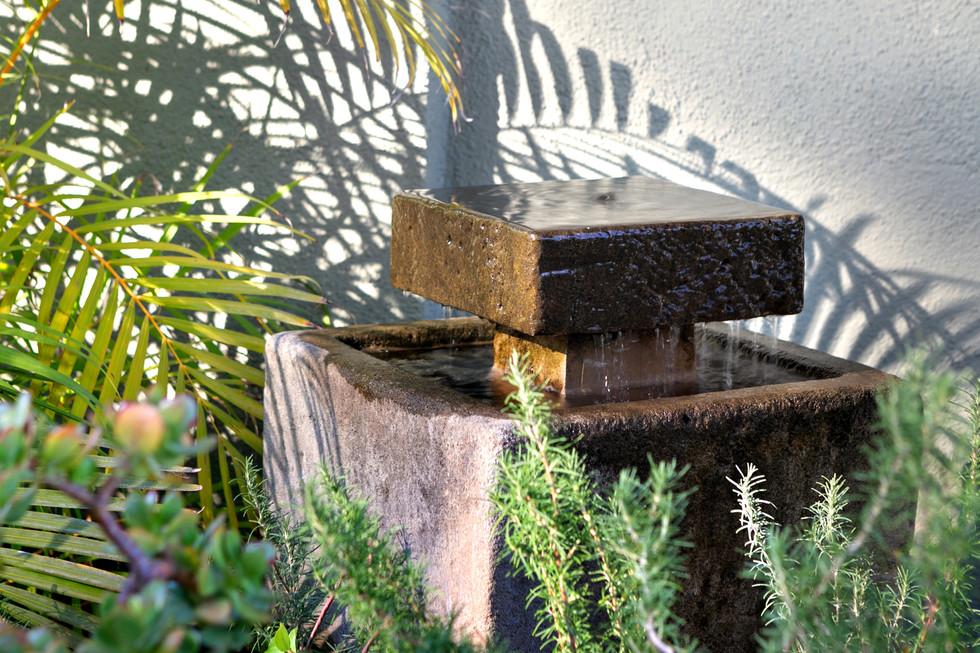 fountain detail full.jpg