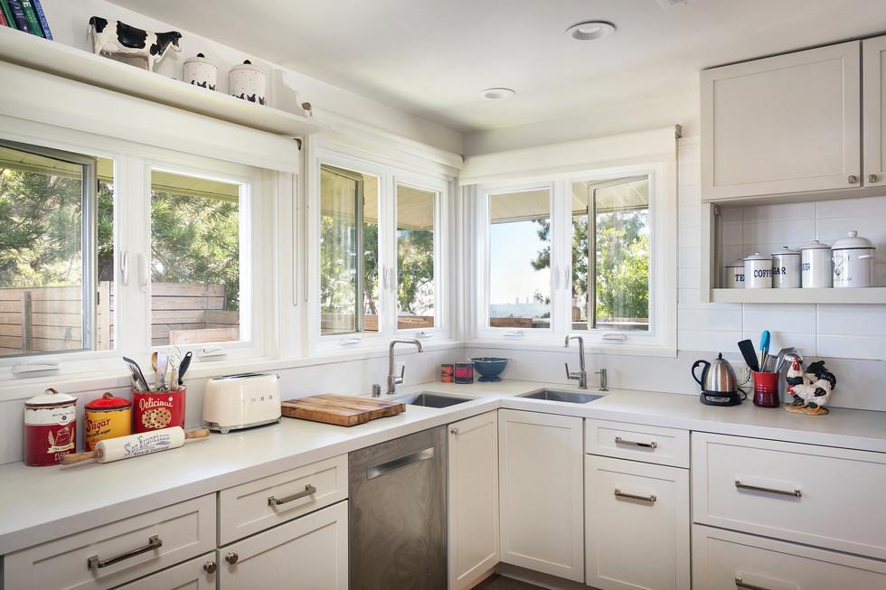kitchen 1 full.jpg