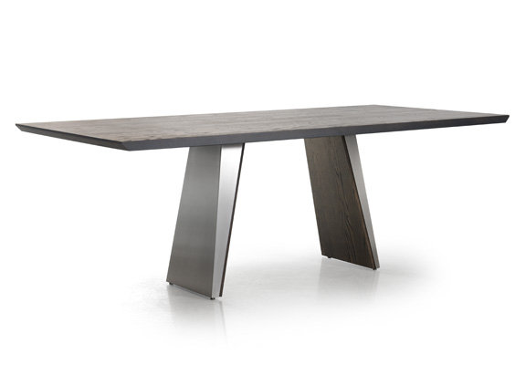 Timeless dining table by TRICA