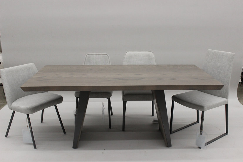 The Timeless Table