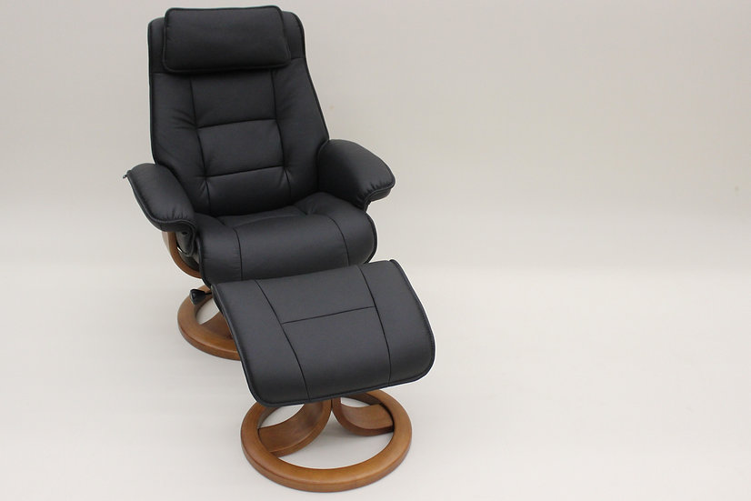 Mustang Recliner by FJORDS