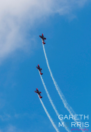 The blades aerobatics 5.jpg