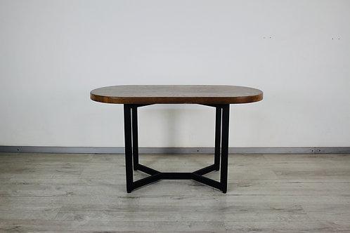 Стол овальный