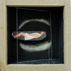 senza titolo. acrilico filo spillo in teca di legno e vetro .10x10 cm 2010 collezione privata