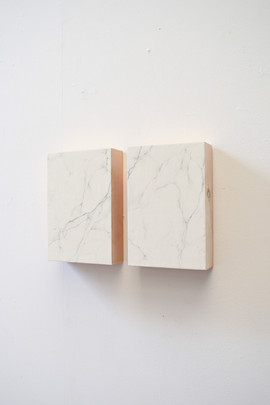 false Carrara marble, plaster and graphite on wood, 20x30 ech 2014