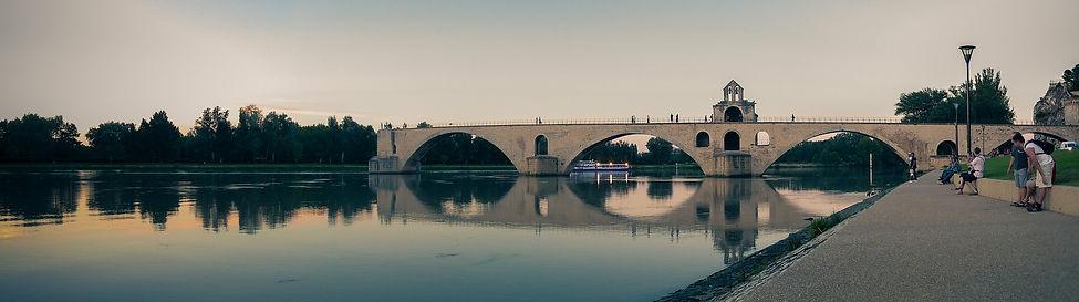 bridge-1236185_1920.jpg