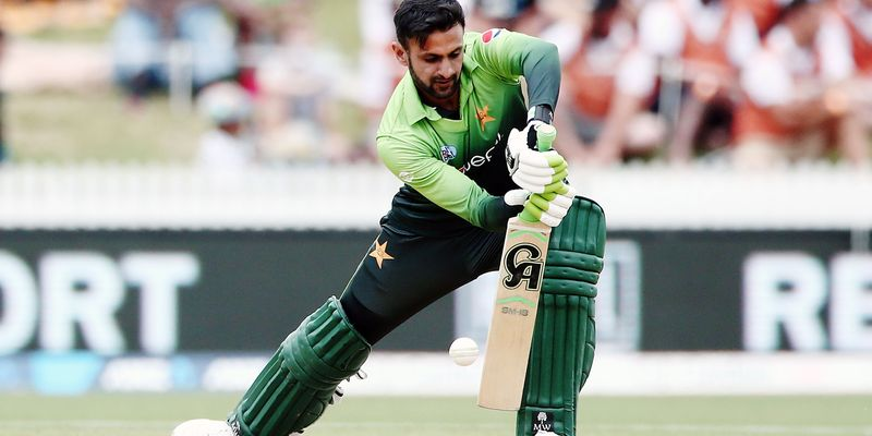 Shoiab_Malik_Pakistan_new_zealand_Getty.