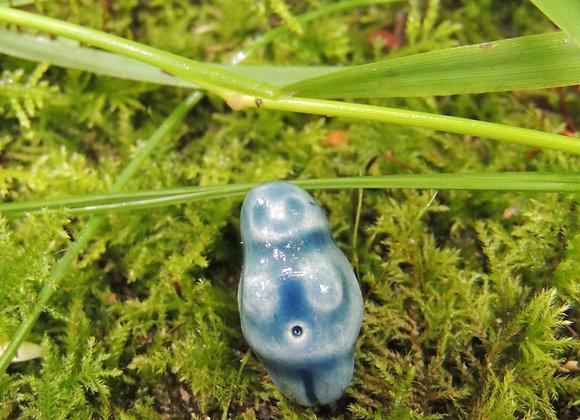 Perle céramique déesse (trou 3mm) 18x9x11mm (n° P06)