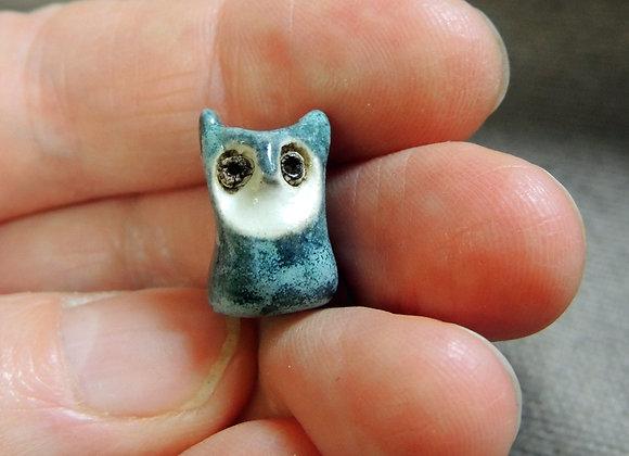 Perle céramique hibou (trou 3mm) 21x11x10mm (n°P01)