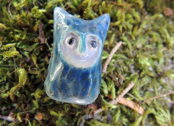 Perle céramique hibou (trou 3mm) 23x14mm (n° 58)